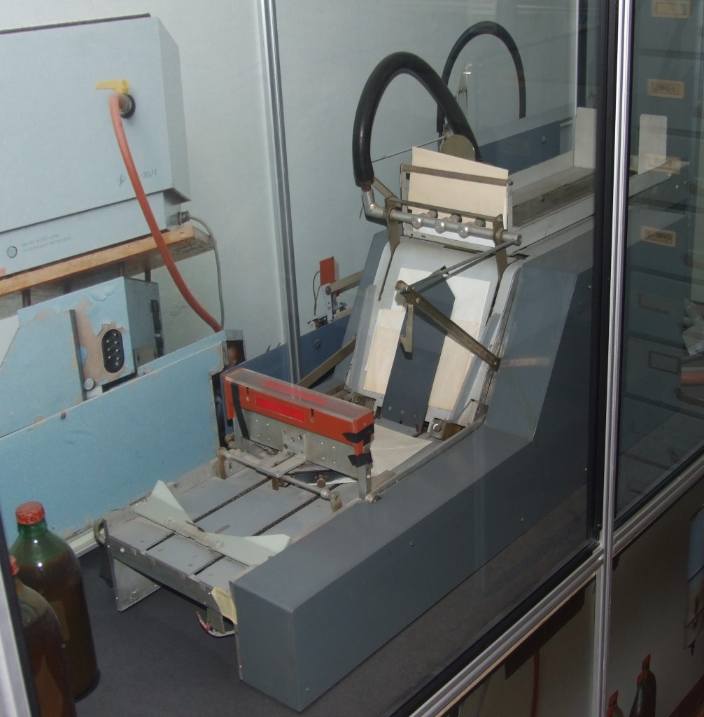 This machine belonged to the postal inspection department of the Stasi. It automatically resealed envelopes